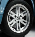 9-spoke alloy wheel, rear axle