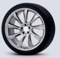 "RS 8, 19"" Light alloy wheel, Chrome look"