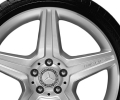"19"" 5-spoke wheel 